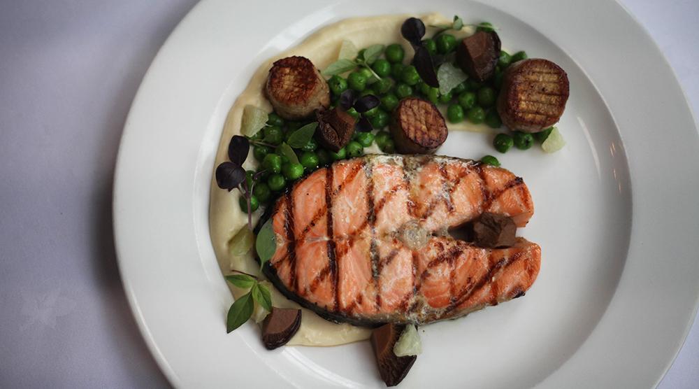 Salmon tranche